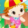 Очарователни бебе момиче игра