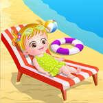 Baby Hazel am Strand Spiel